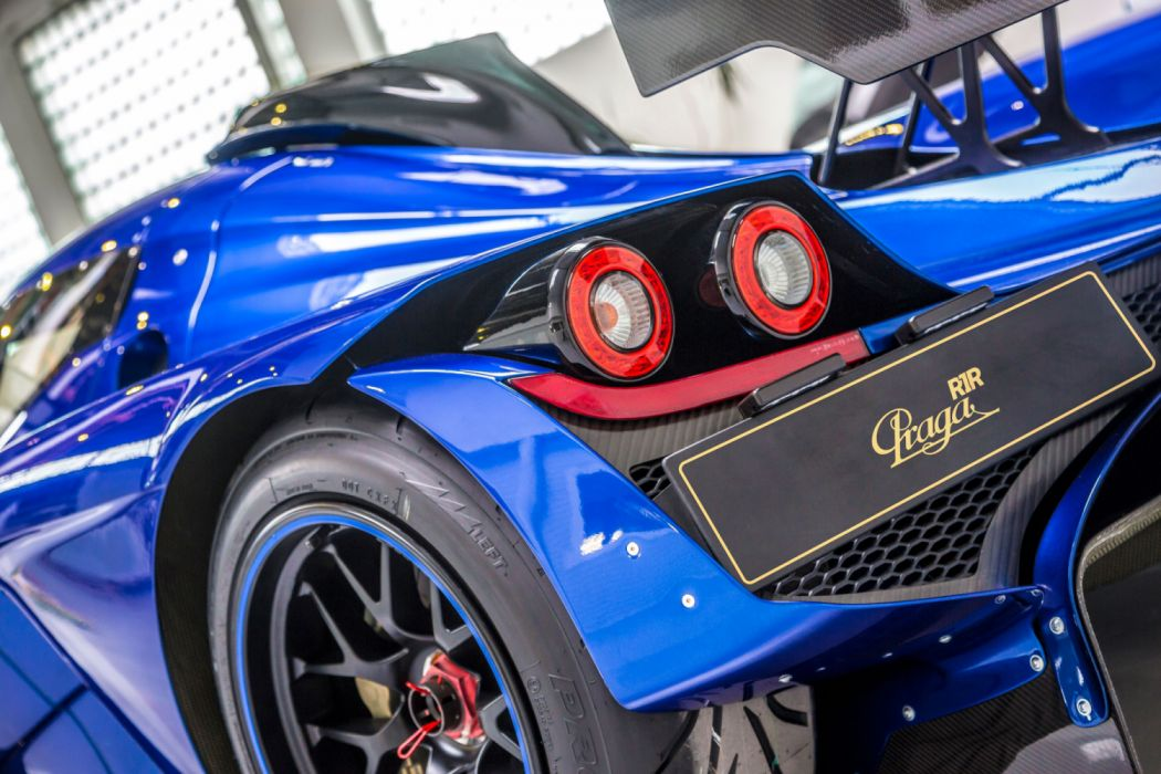2015 Praga R1R supercar race racing wallpaper