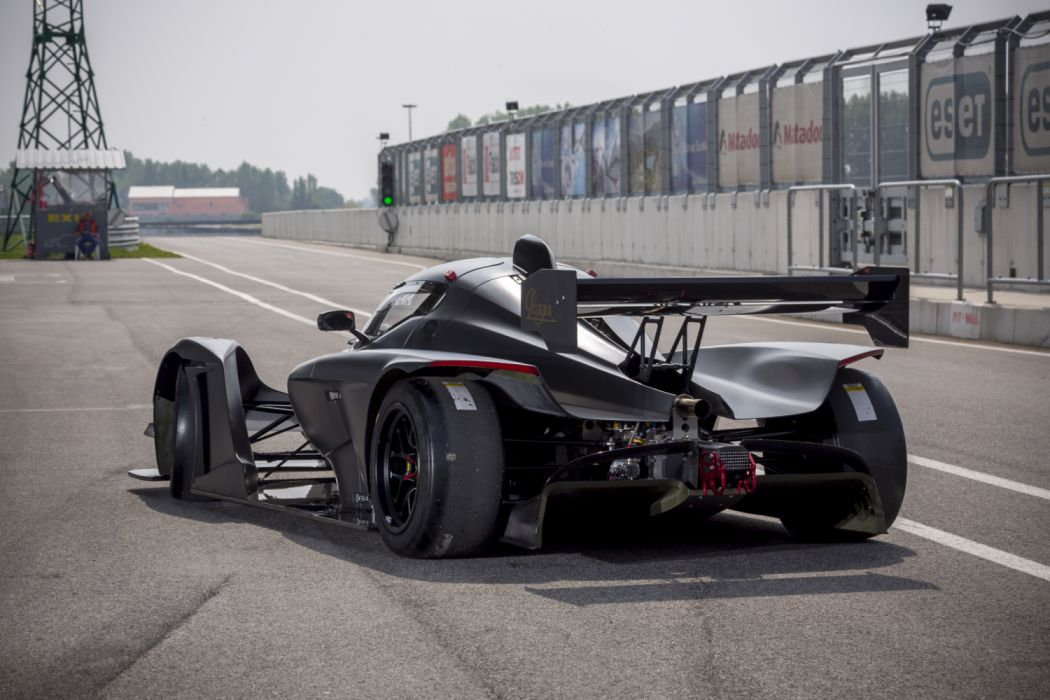 2013 Praga R1T race racinng supercar wallpaper