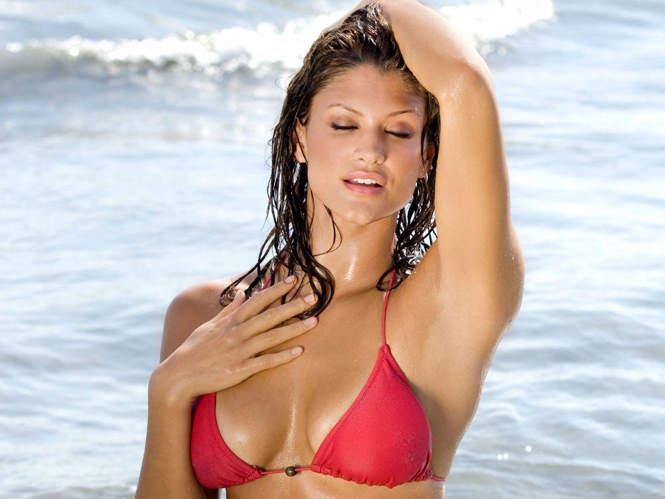 Wwe girl bikini free video — photo 9