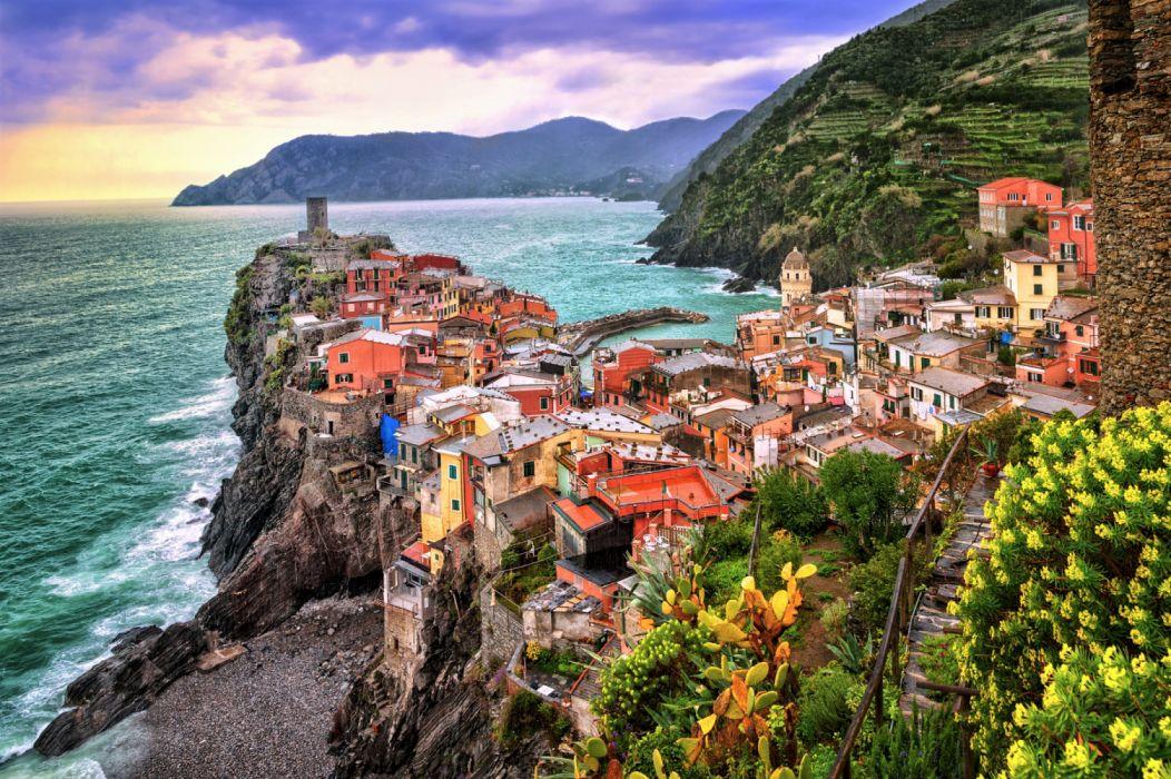Cinque Terre House Italy Mountain Ocean Rock Sea Town Vernazza wallpaper