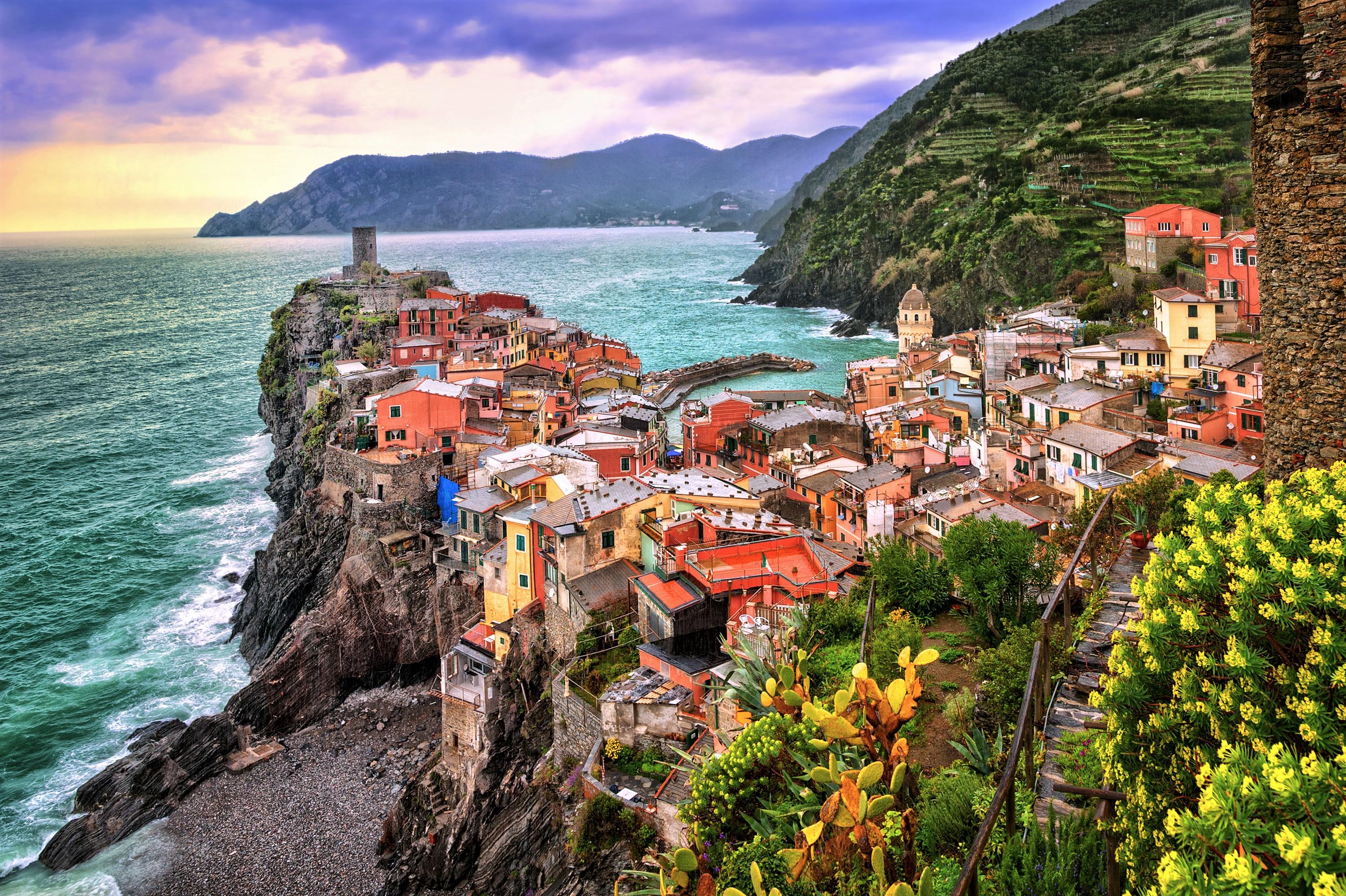 Cinque Terre House Italy Mountain Ocean Rock Sea Town Vernazza Wallpaper 3005x2000 1191943 Wallpaperup
