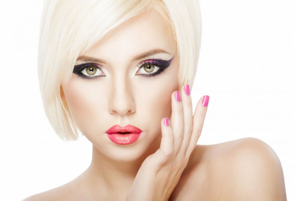 Blonde Face Green Eyes Lipstick Makeup Model Woman Wallpaper 7338x5000 1192251 Wallpaperup