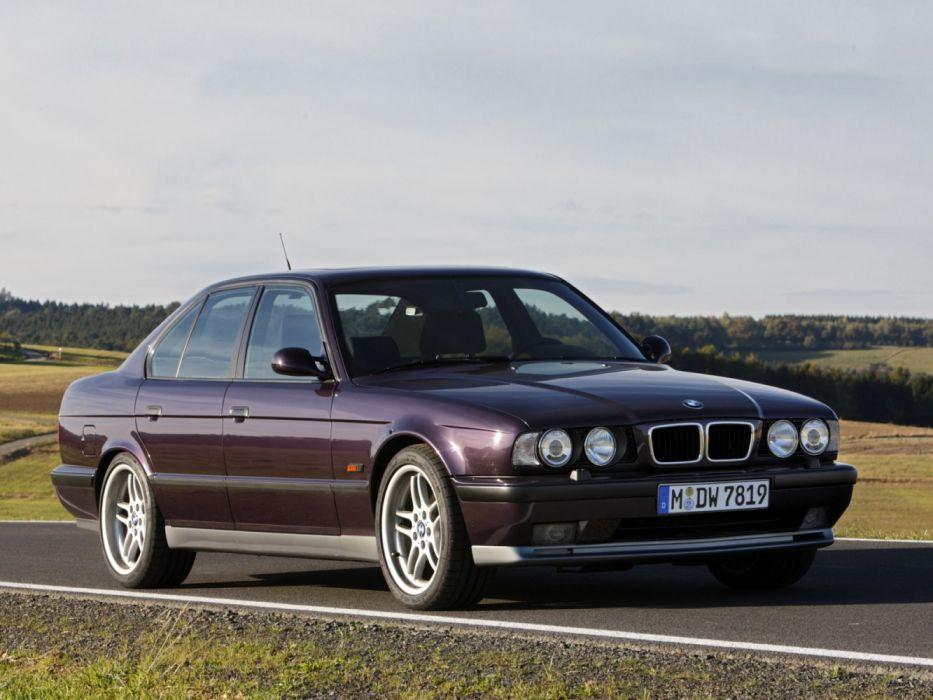 BMW-M5 E34 MkIll 1994 wallpaper