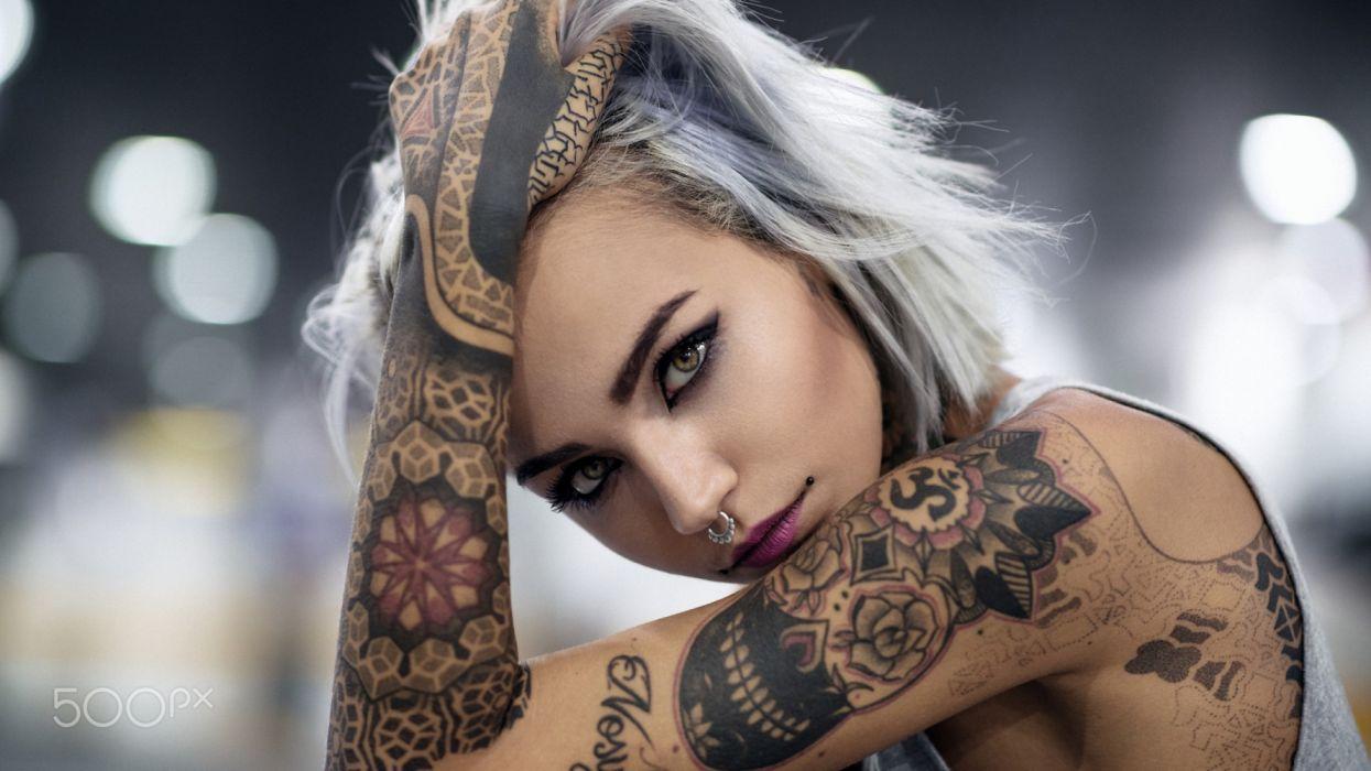 mujer tatuajes piercing nariz wallpaper