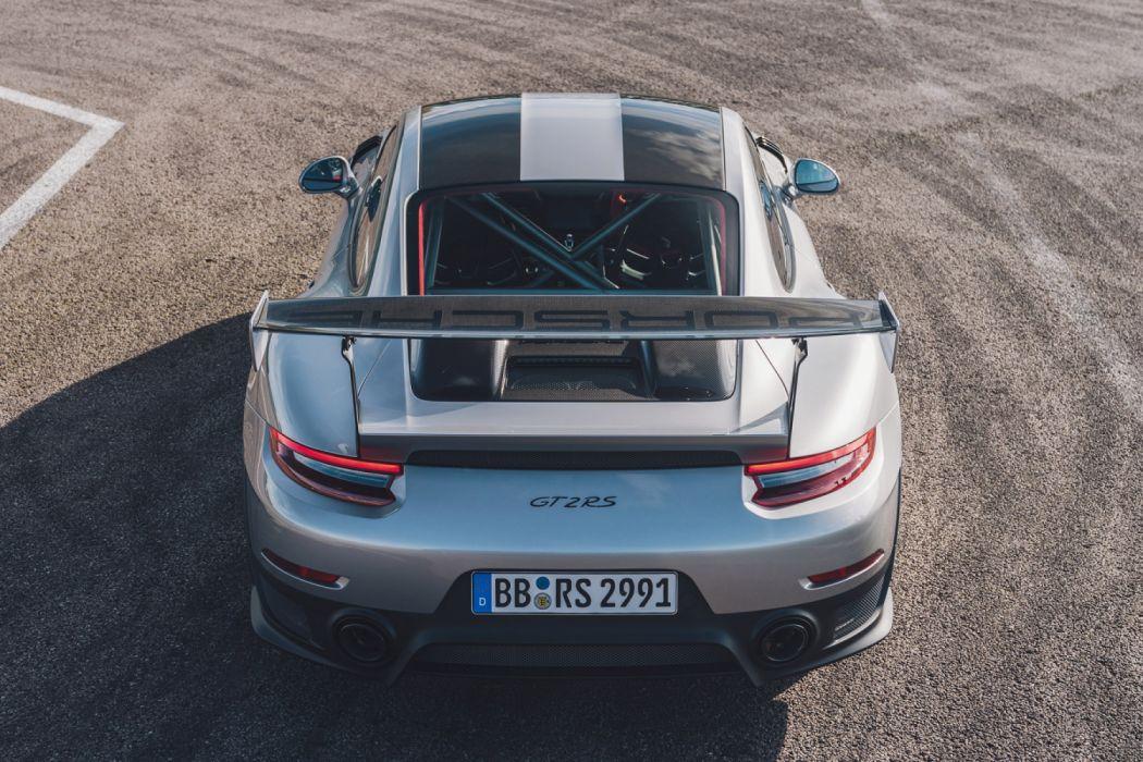 Porsche 911 Gt2 Rs 991 2 2017 Wallpaper 2400x1600