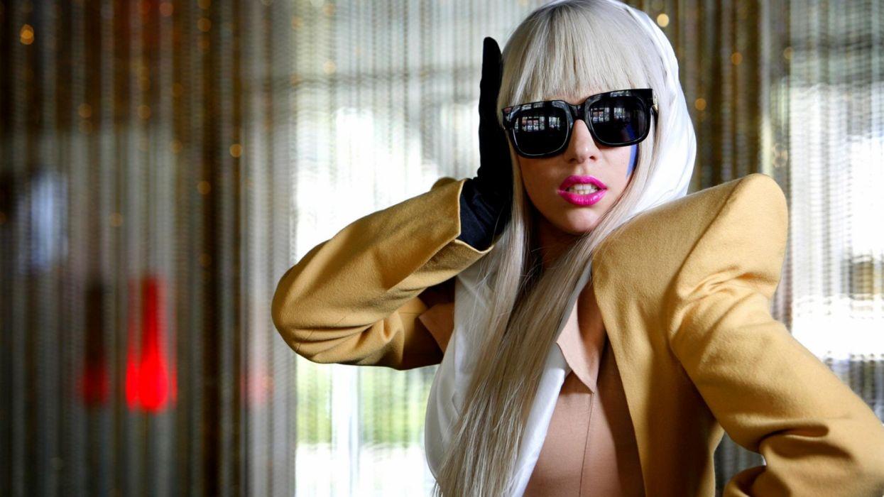 lady gaga cantante americana celebridad rubia gafas oscuras wallpaper