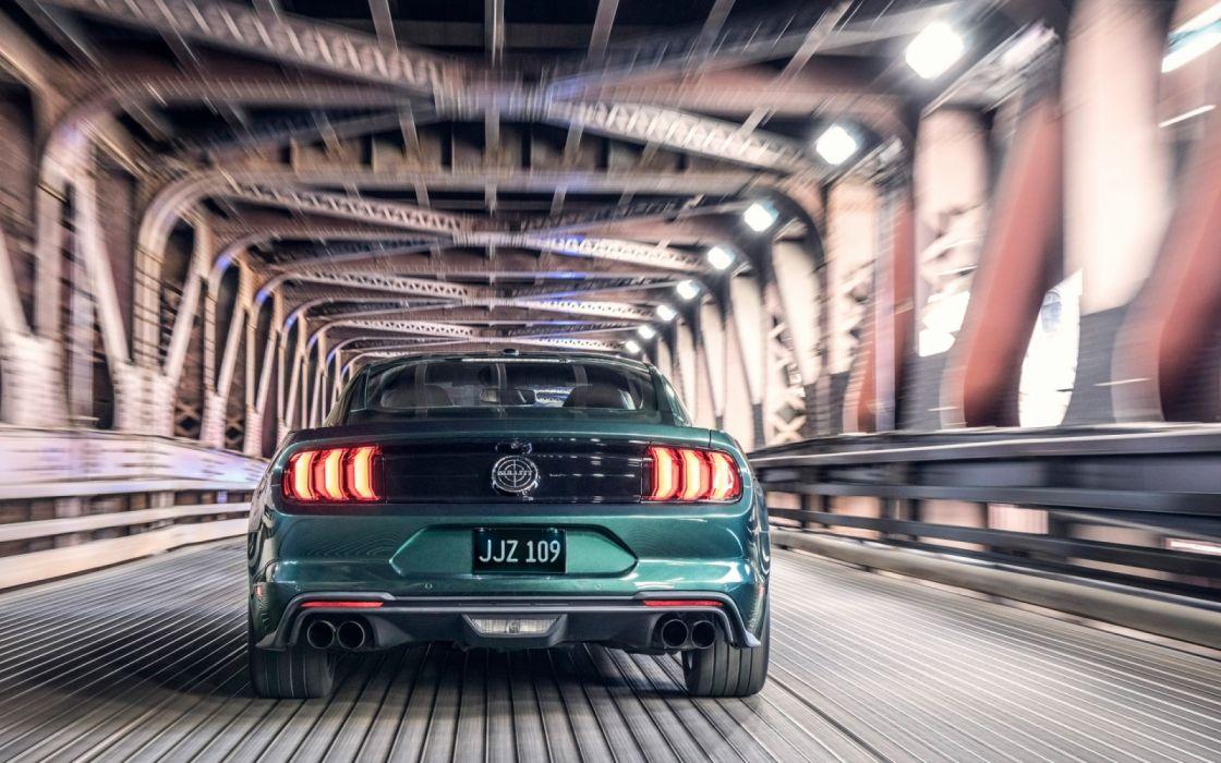 2019-Ford-Mustang-Bullitt-Motion-1-3840x2400 wallpaper