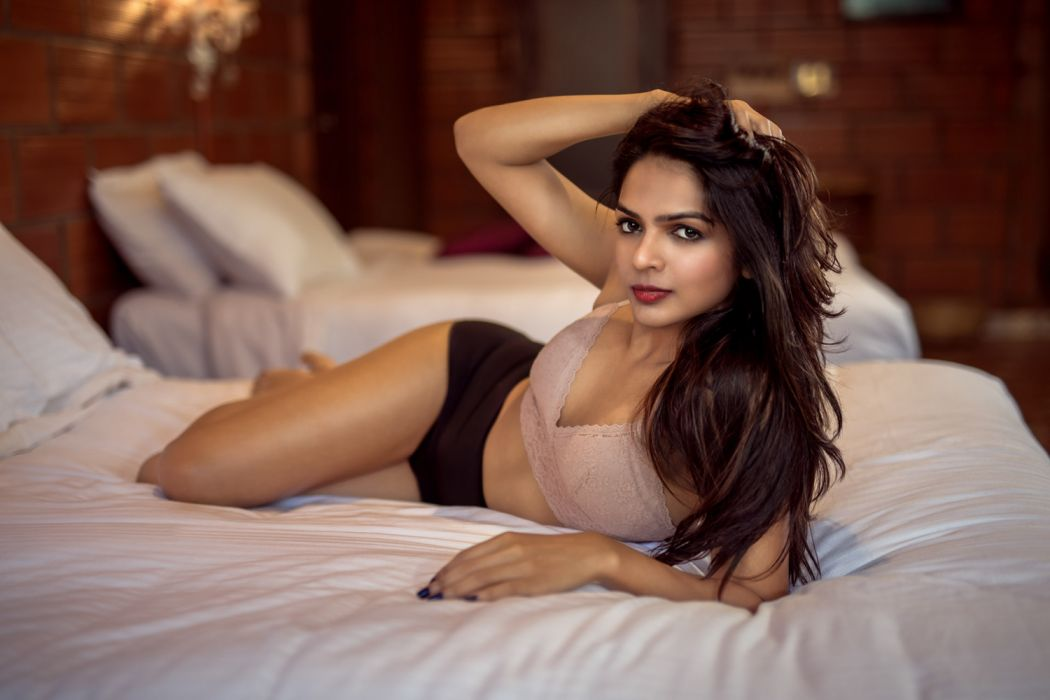 Bollywood actress celebrity model girl beautiful brunette pretty cute beauty sexy hot pose face eyes hair lips smile figure makeup indian wallpaper | 1920x1280 | 1230168 | WallpaperUP