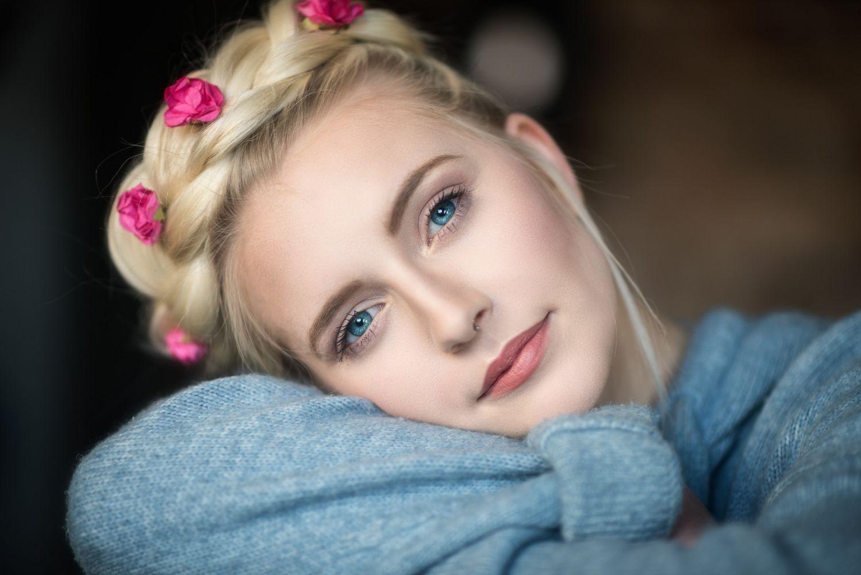 evans-porn-blonde-hair-blue-eyed-girls-nude-asian-girl
