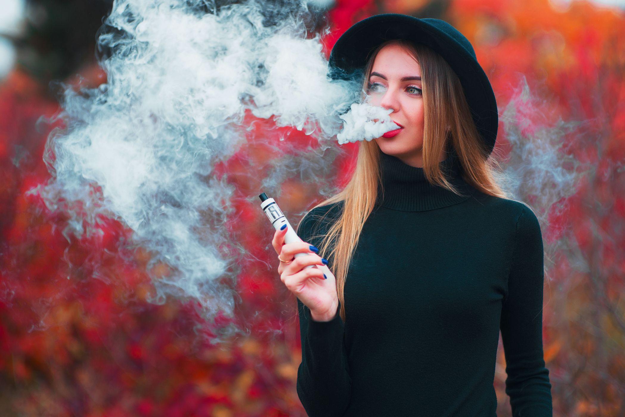 подделке сделать фото с дымом сигарет модели чаще являются
