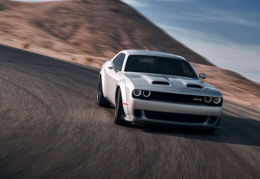 Dodge Challenger SRT Hellcat (2019) wallpaper