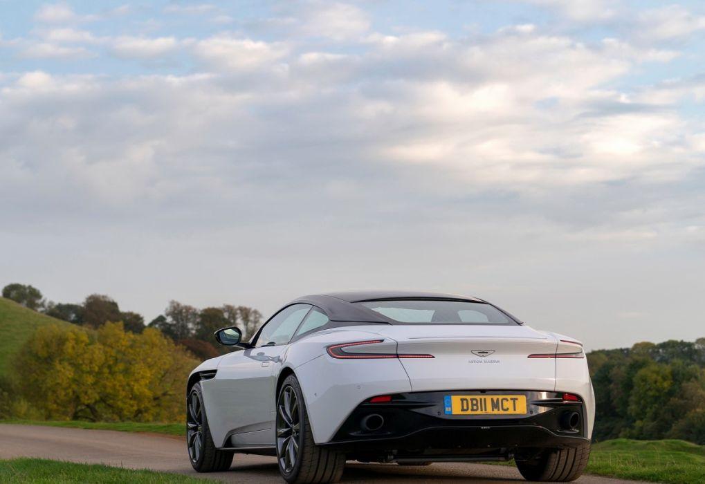 Aston Martin DB11 V8 (2018) wallpaper