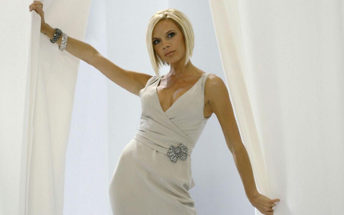victoria beckahm cantante modelo celebridad wallpaper
