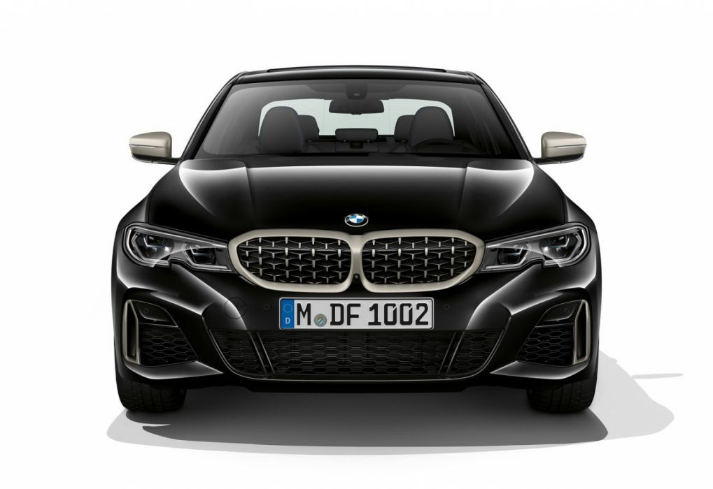 BMW M340i xDrive Sedan (2020) wallpaper