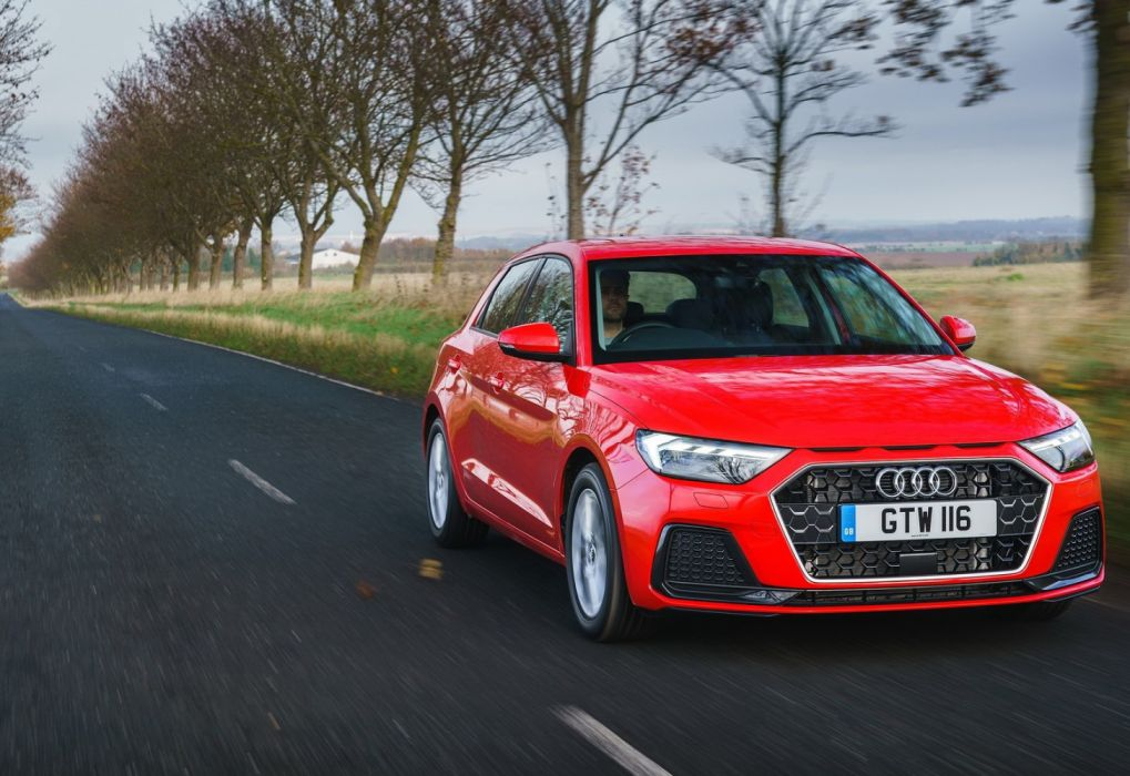 Audi A1 Sportback [UK] (2019) wallpaper