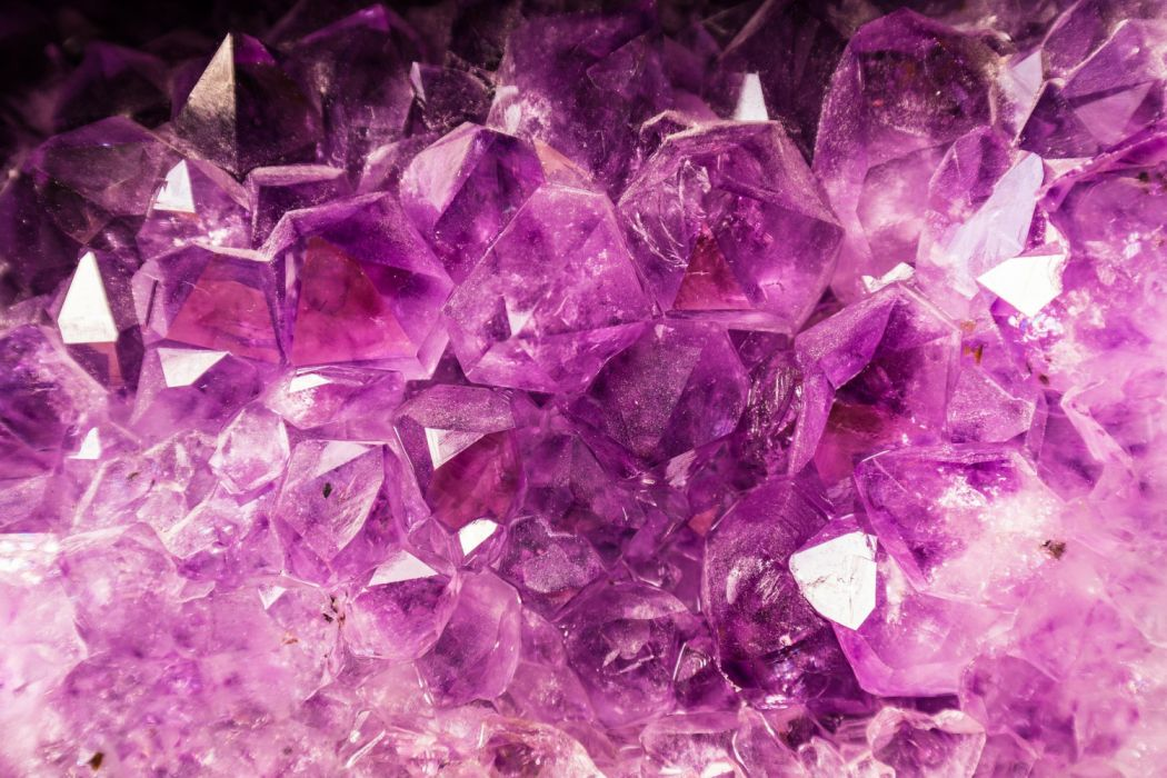 amethyst semi precious stone violet purple hell crystal mineral shimmer gloss shining sparkle beautiful noble background wallpaper