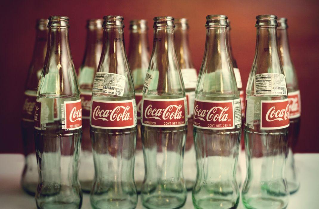 botellas vacias vidrio coca cola wallpaper