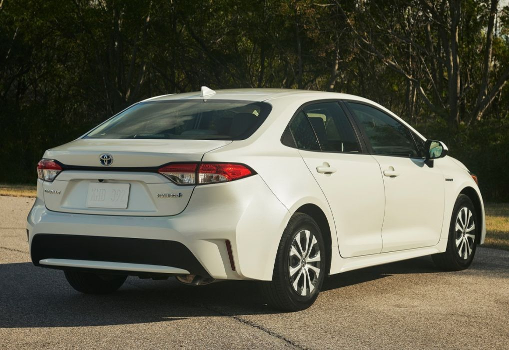Toyota Corolla Hybrid [US] (2020) wallpaper