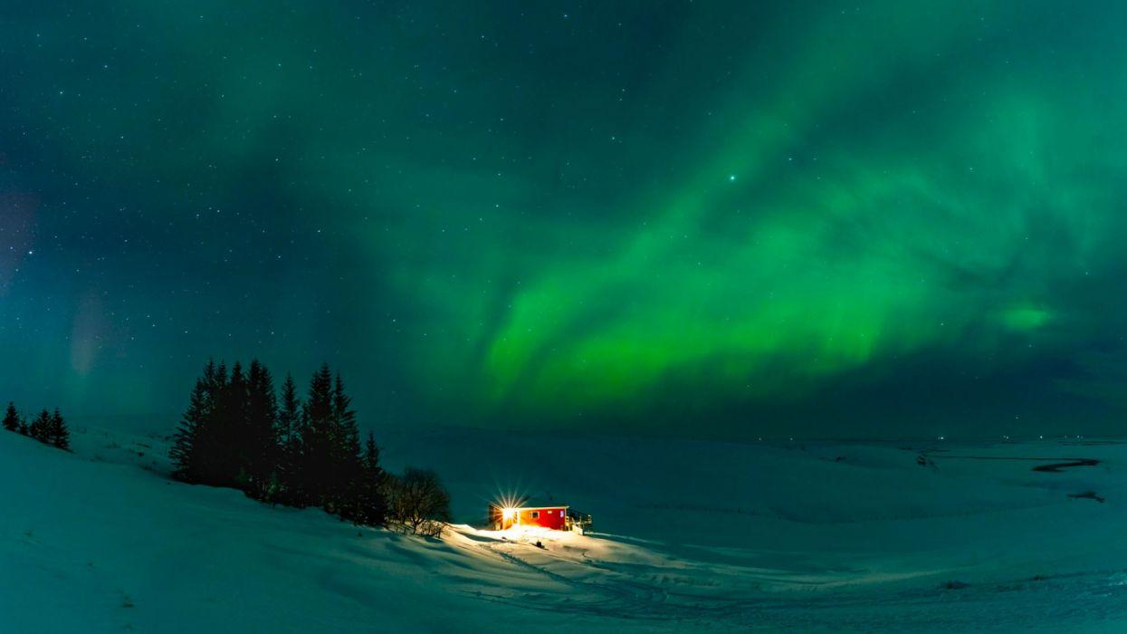Iceland wonderful northern lights house night snow winter wallpaper