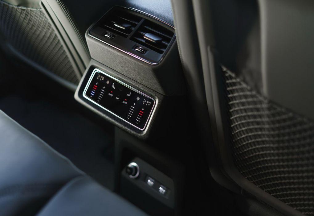 Audi e-tron [UK] (2020) wallpaper