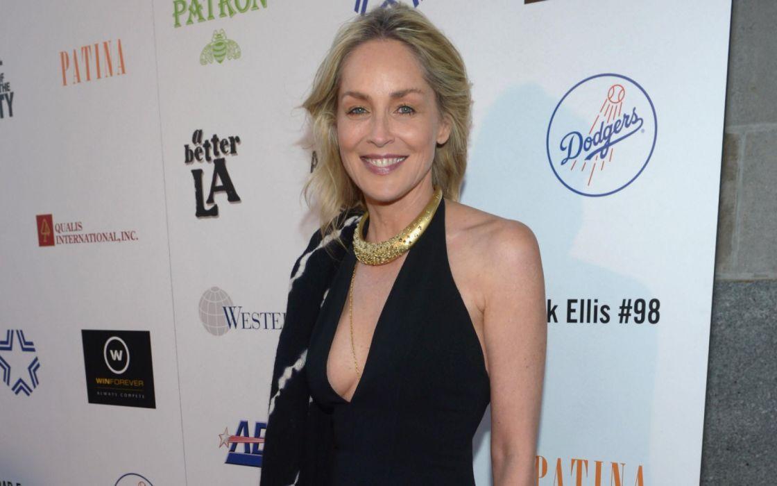 Sharon Stone celebridad actriz americana wallpaper