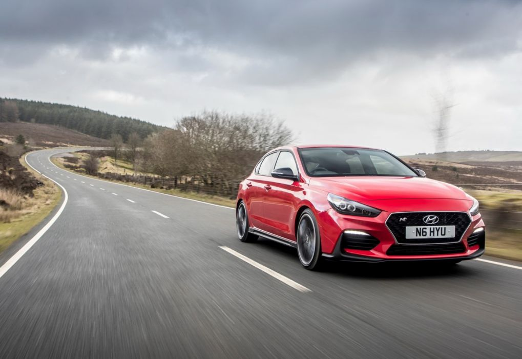 Hyundai i30 Fastback N [UK] (2019) wallpaper