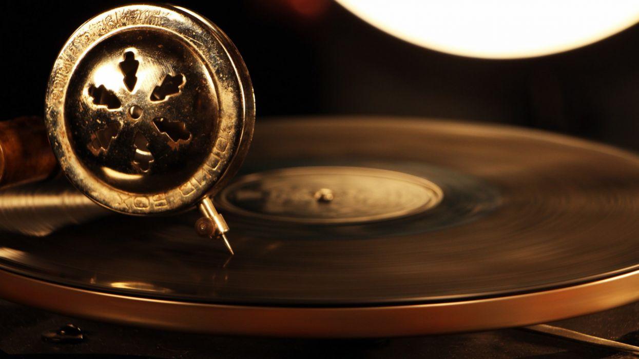 gramophone vintage vinyl technology music playing speed blur circle wallpaper