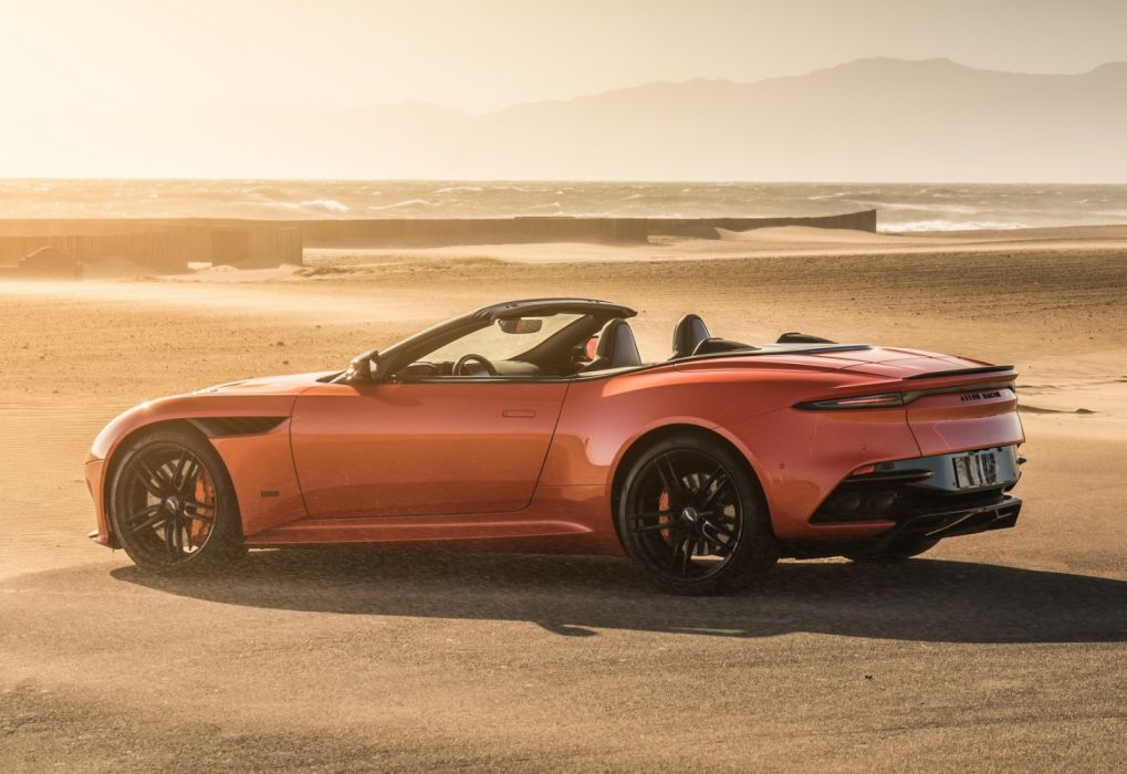 Aston Martin DBS Superleggera Volante (2020) wallpaper