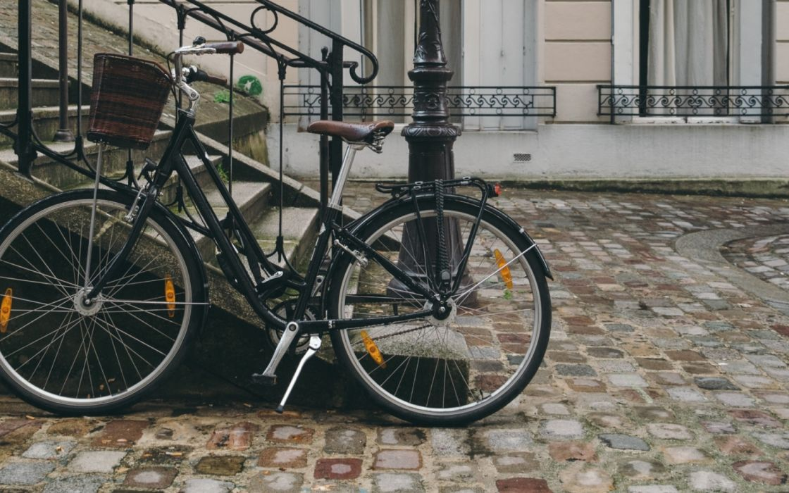 bicycle street city facade wallpaper