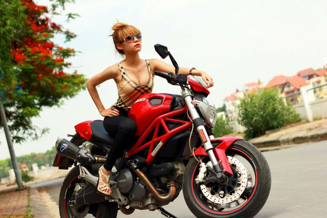 Ducati Monste 696 With Girl Motocycle Wallpaper 2000x1333