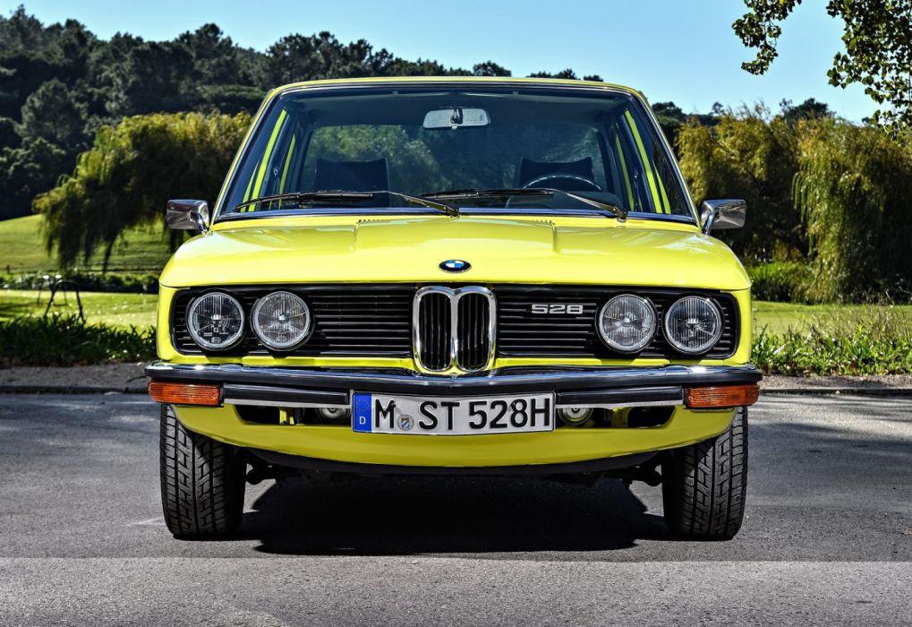 BMW 5-Series (1975) wallpaper