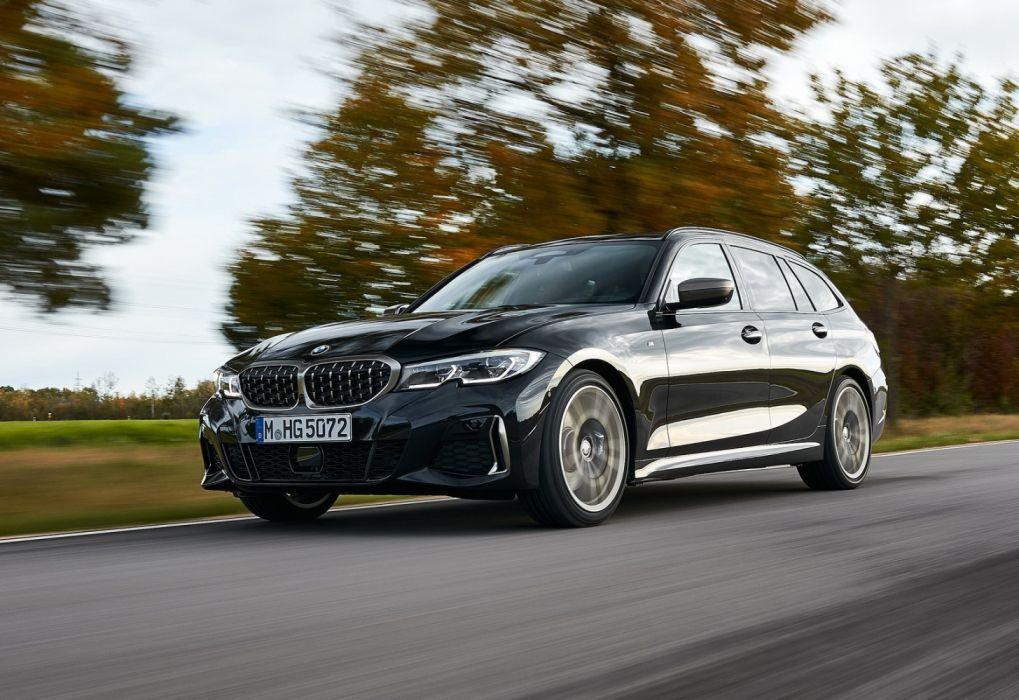 BMW M340i xDrive Touring (2020) wallpaper