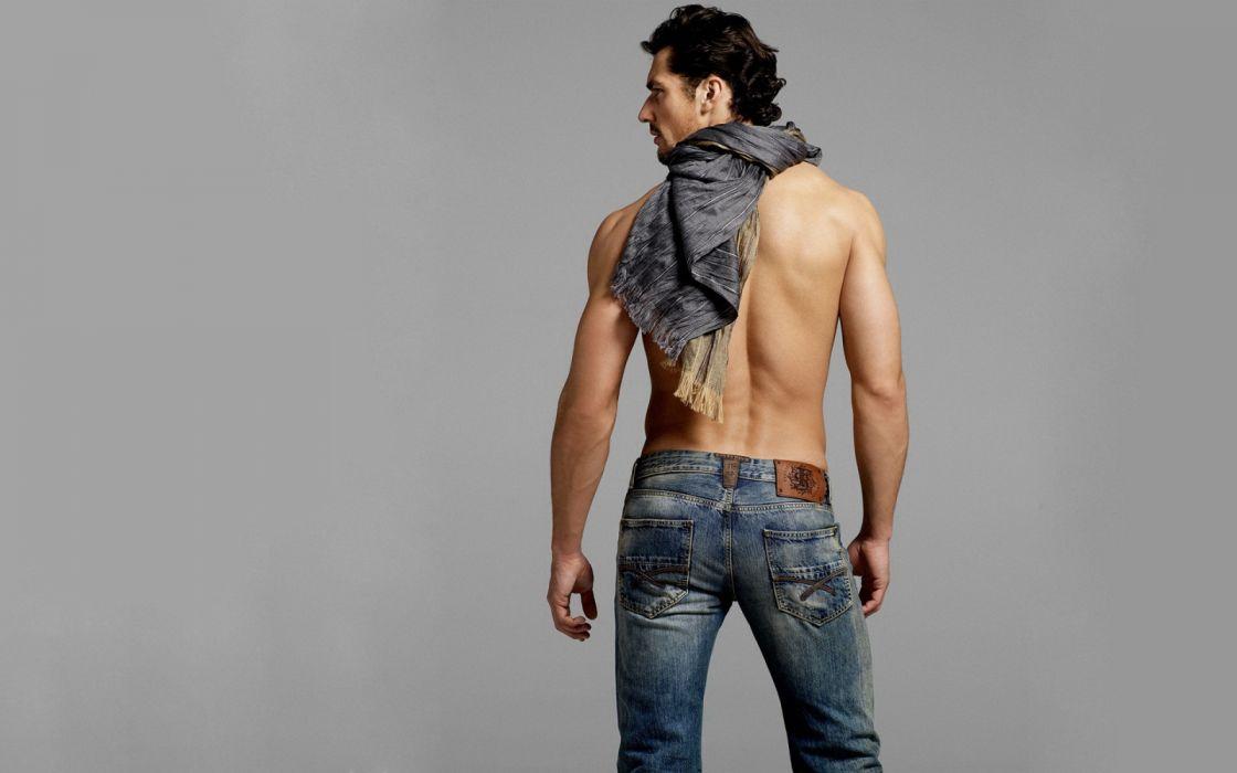 hombre moreno modelo jeans wallpaper
