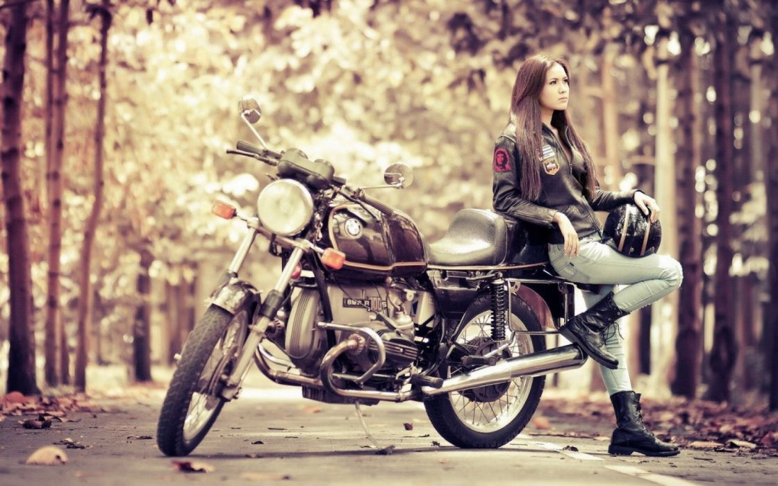 Girl with motorcycle BMW R100S wallpaper