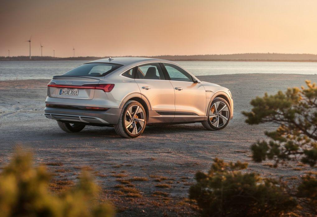 Audi e-tron Sportback (2021) wallpaper