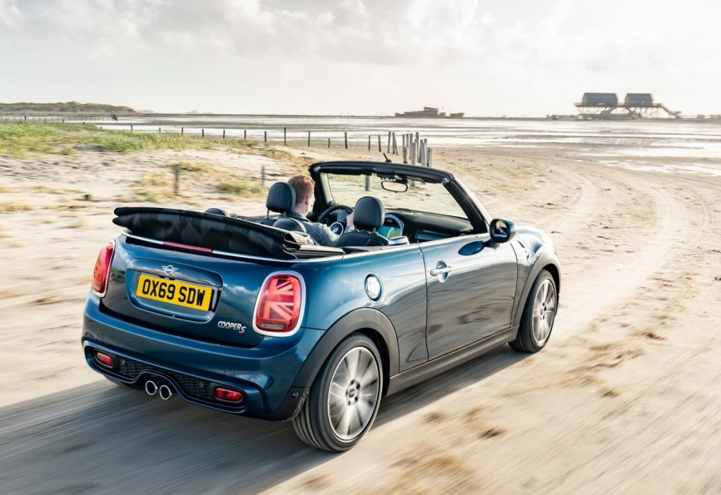 Mini Convertible Sidewalk Edition (2020) wallpaper