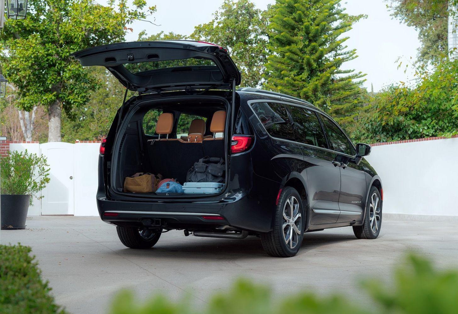 вниманию душевная легковые машины с большим багажником требуется восстановить фото