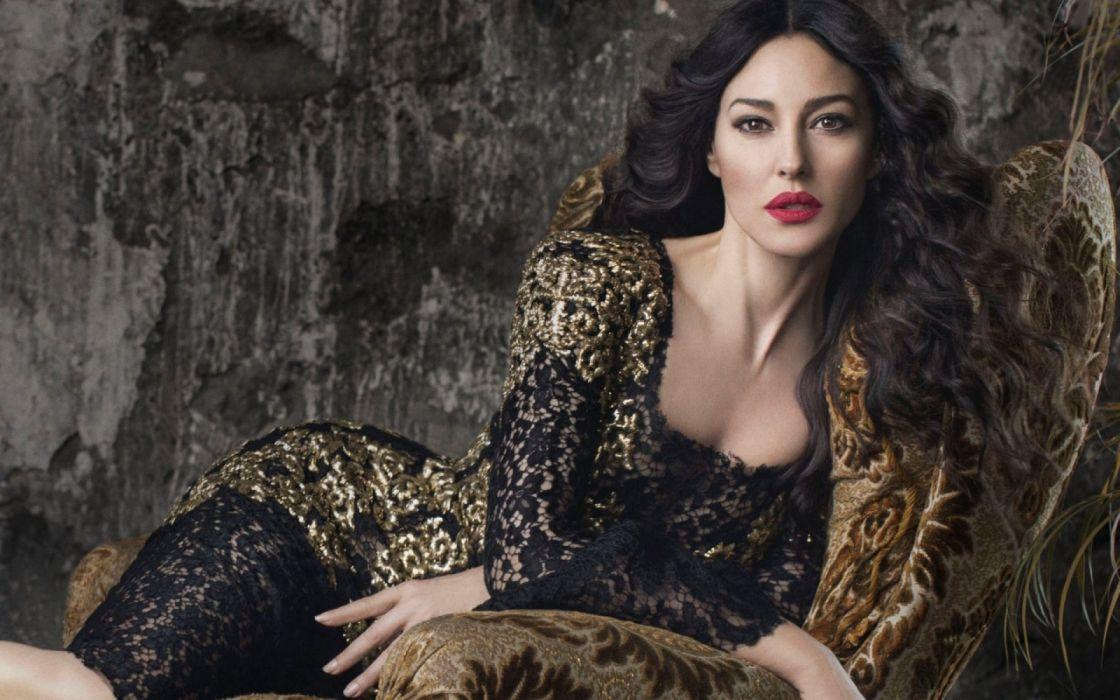 monica bellucci modelo actriz italiana wallpaper
