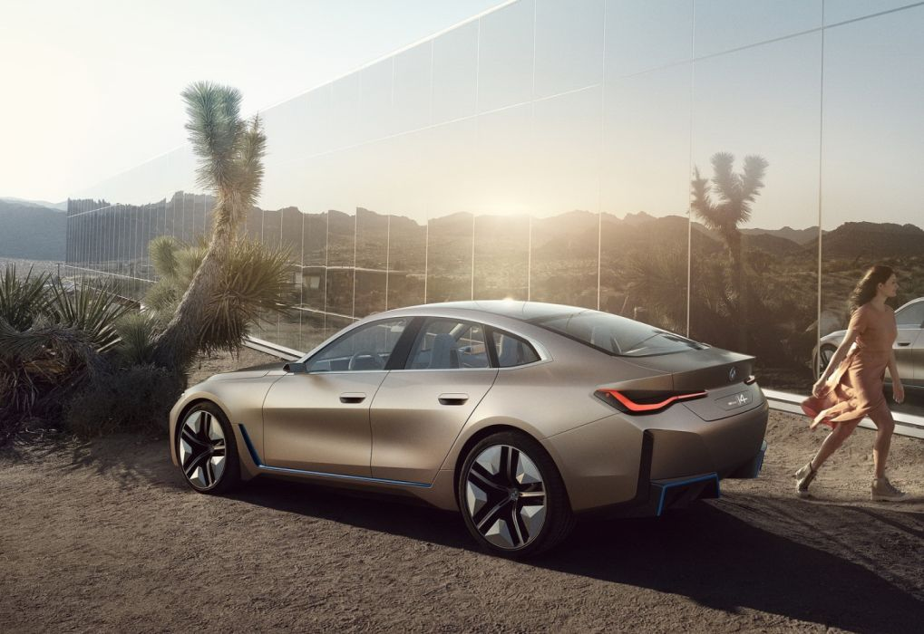 BMW i4 Concept (2020) wallpaper