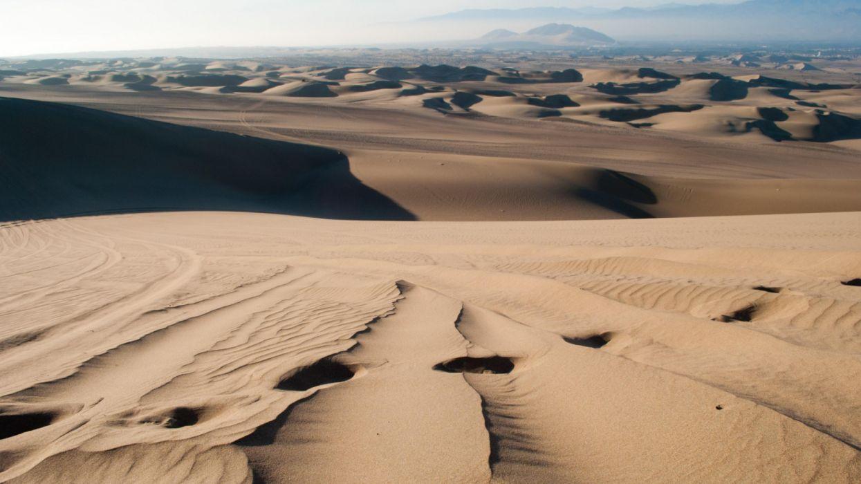 desert sand traces distance wallpaper