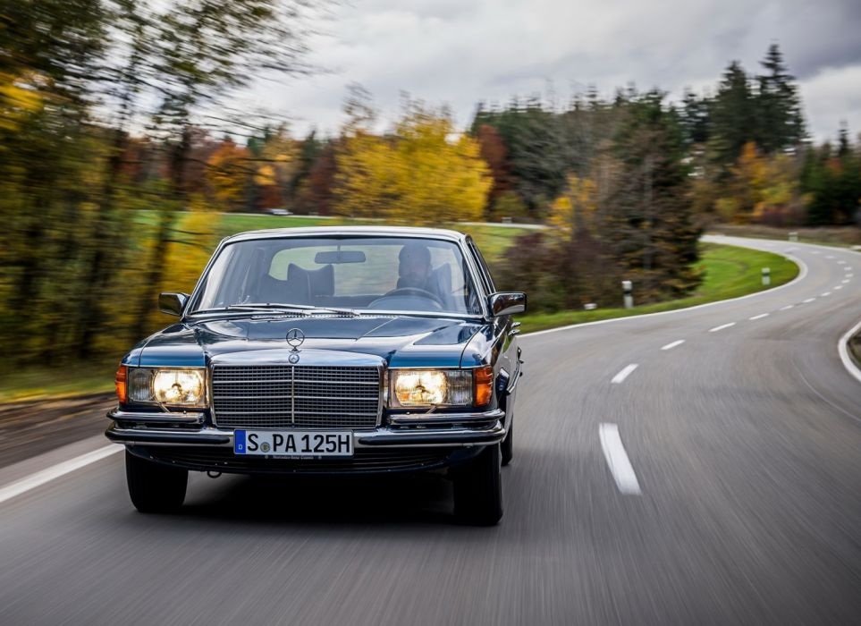 Mercedes-Benz 350 SE W116 (1972) wallpaper