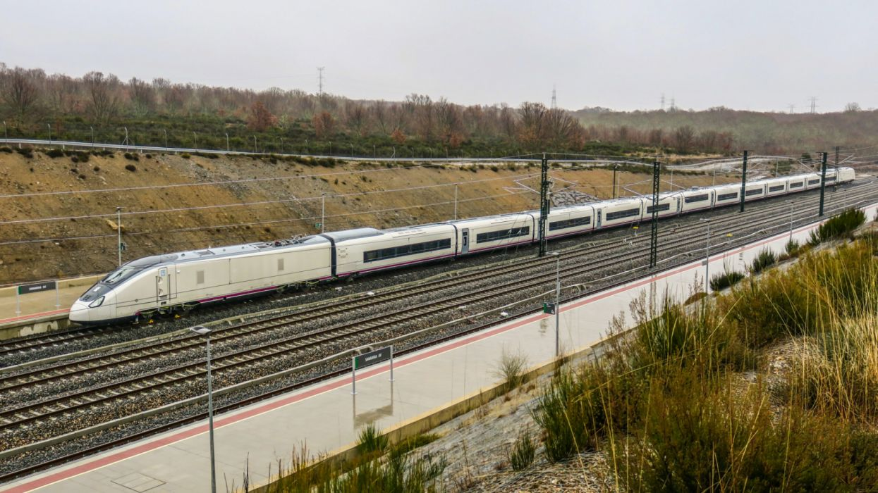 tren ave espay wallpaper