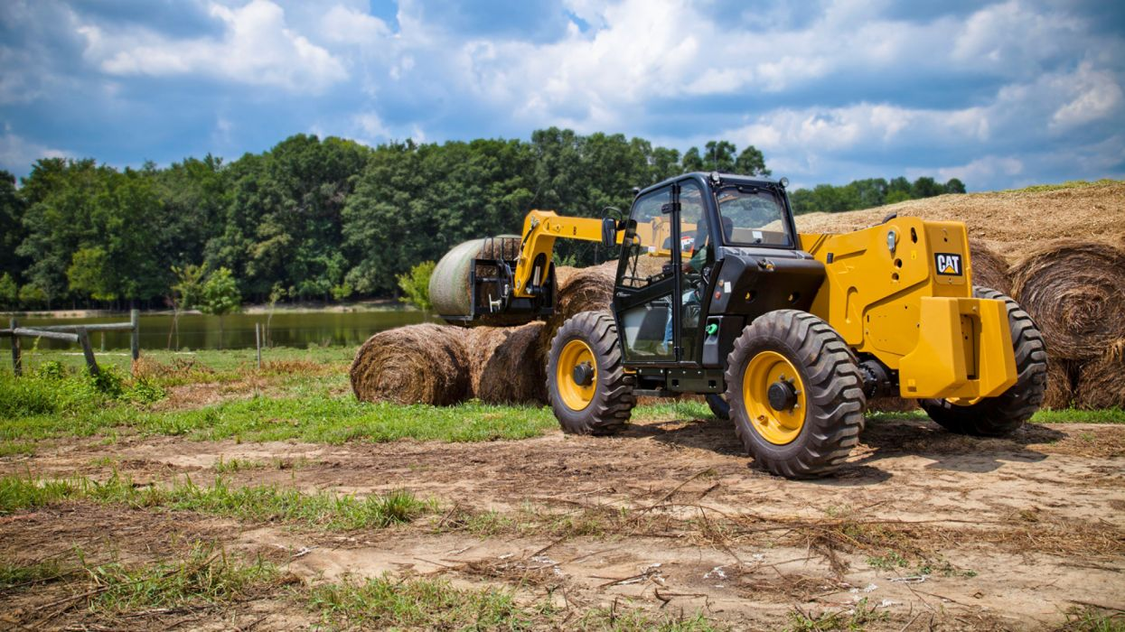 Agricultural machinery Caterpilla vehiculo wallpaper