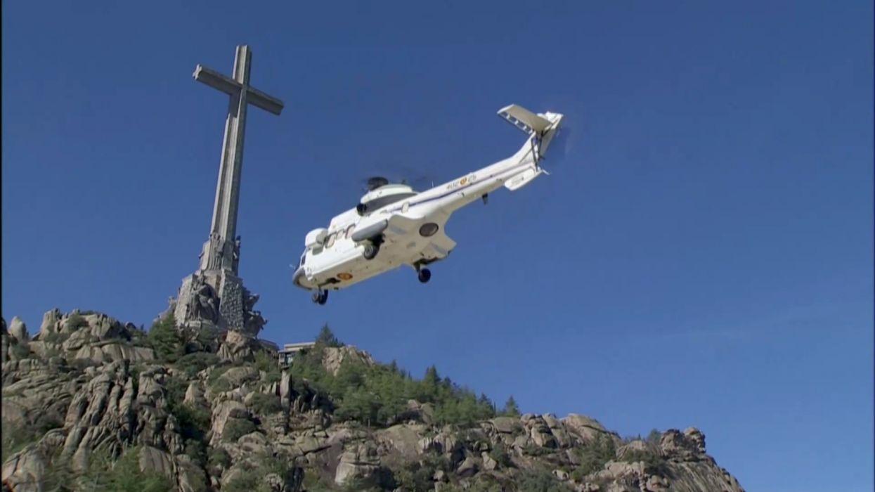 helicoptero blanco valle los caidos madrid vehiculo wallpaper